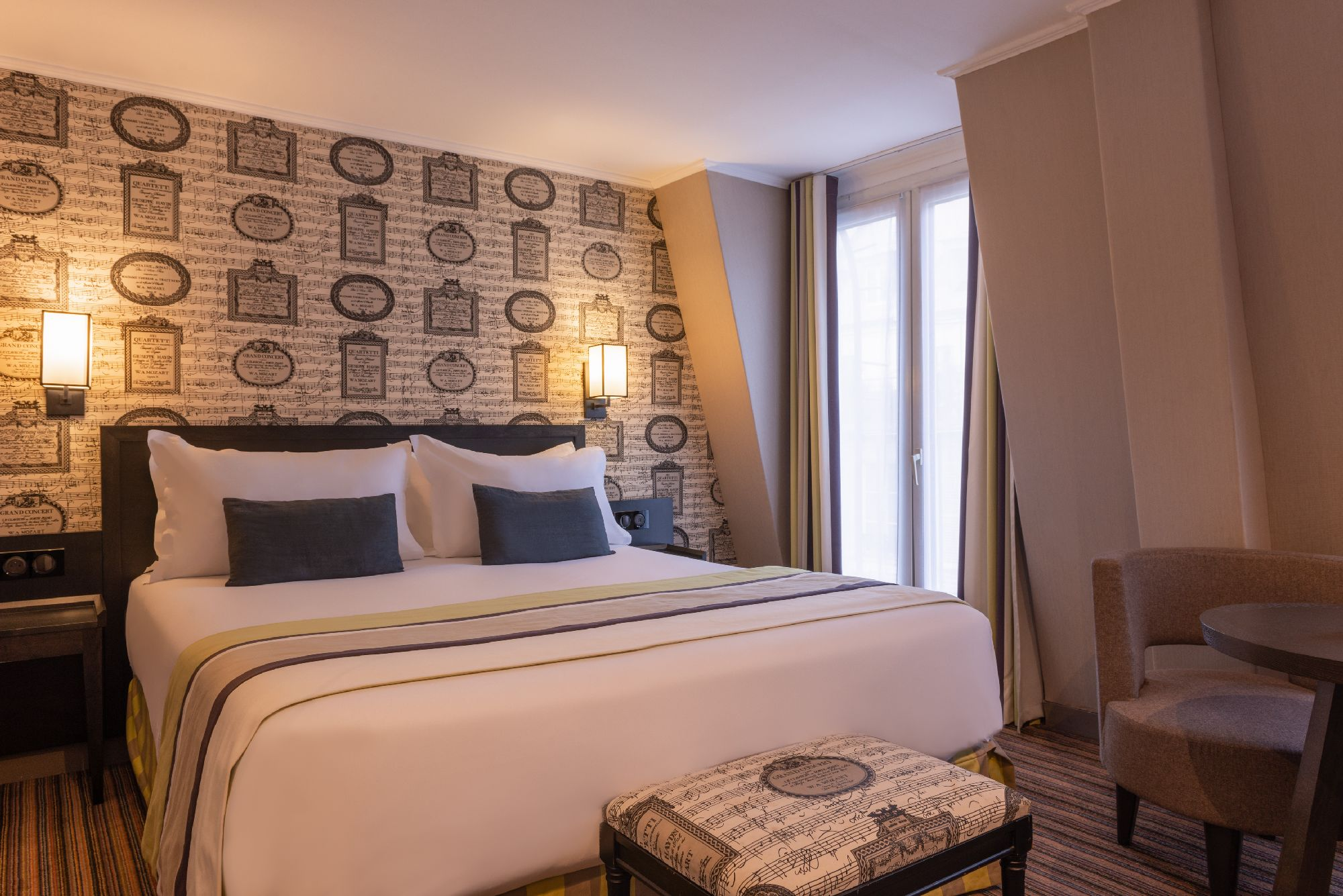 255/chambres/double/sup/hotel-FRANCE-D-ANTIN-OPERA-dbl sup 3-france d antin.jpg